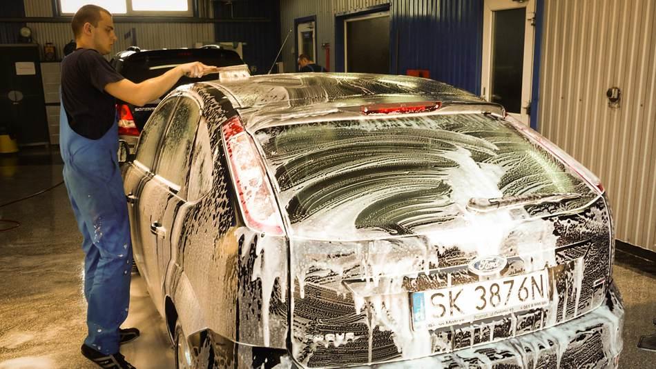 car washing service winter