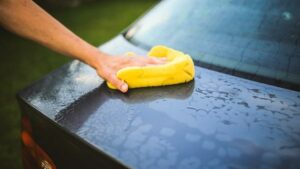 6 SIMPLE Tips To Follow When Washing a Black Car