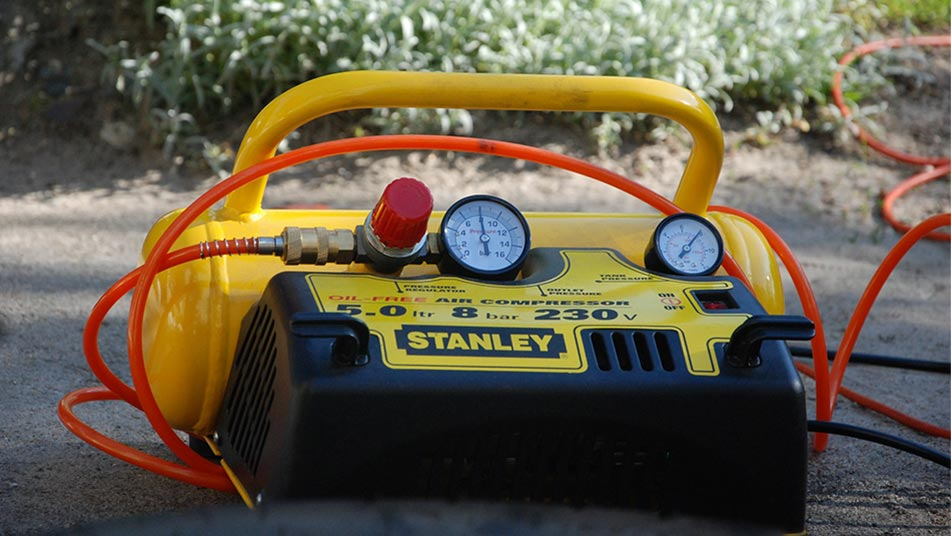 What Size Air Compressor is The Best For Mobile Auto Detailing