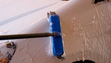 can you use a brush to wash your car, car detailing