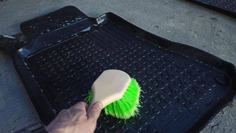 washing floor mats